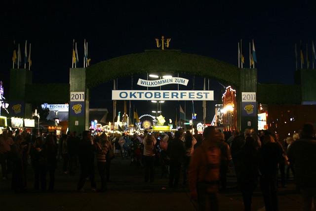 Oktoberfest 2011 – ein Rundgang