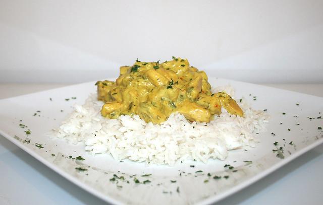 Hähnchen-Ananas-Curry mit Basmatireis – das Rezept
