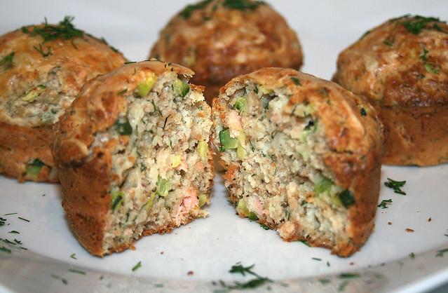 Lachs-Zucchini-Vollkorn-Muffins mit Dill – das Rezept