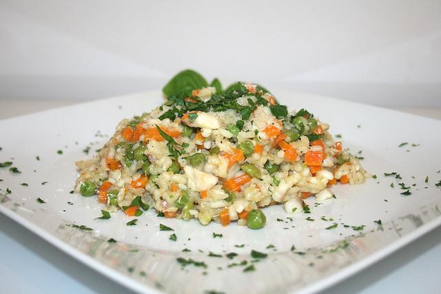 Gemüse-Risotto mit Rotbarschfilet – das Rezept