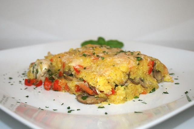 Polenta-Auflauf mit Hähnchenbrust und Gemüse – das Rezept