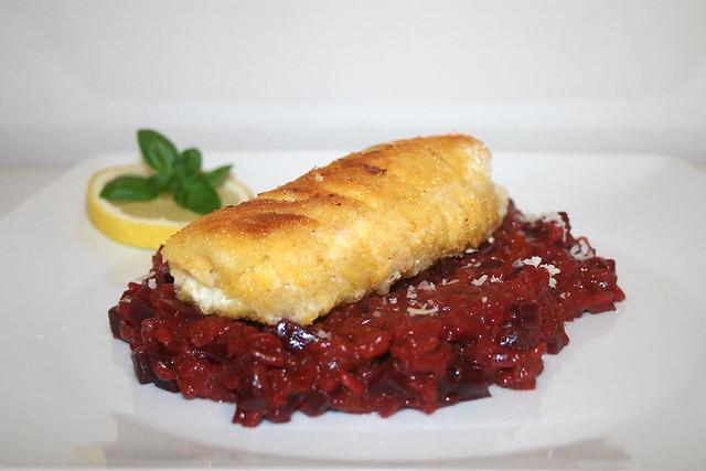 Rote-Beete-Risotto mit Steinbeißer – das Rezept