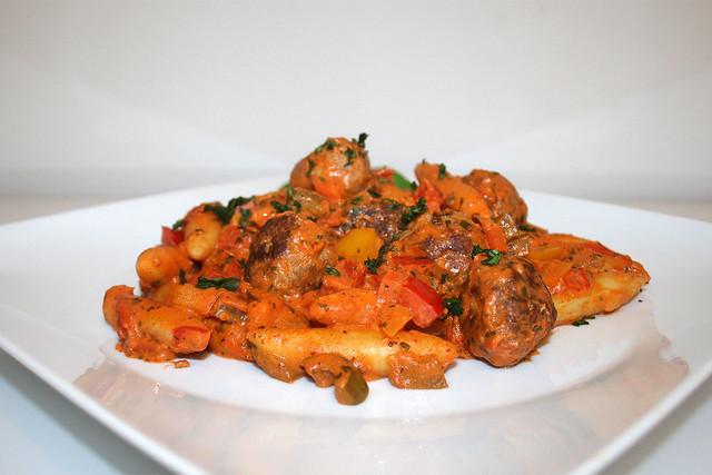 Paprika-Schupfnudelpfanne mit Fleischbällchen – das Rezept
