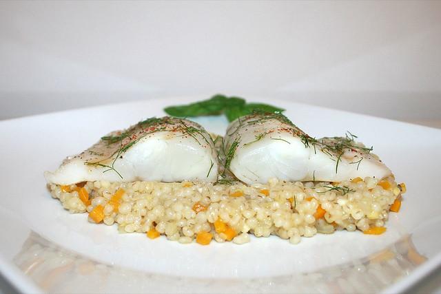 Zanderfilet auf Gemüse-Perlgraupen – das Rezept