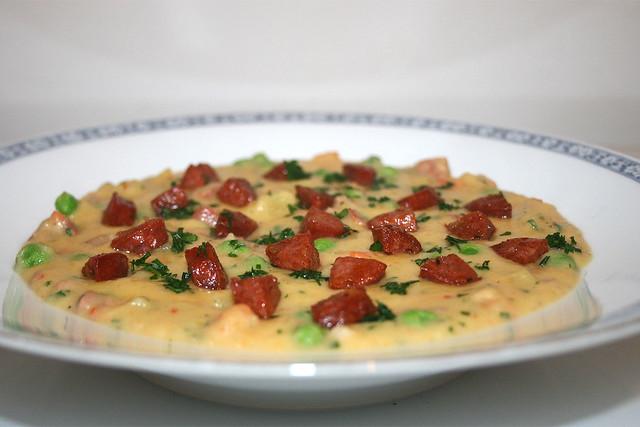 Kartoffelsuppe mit Chorizo und Erbsen – das Rezept
