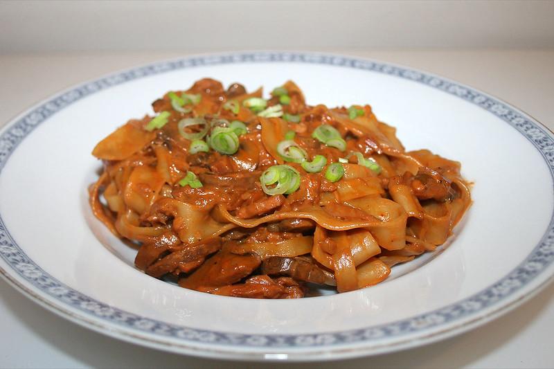 Champignon-Räucherlachs-Pasta – das Rezept