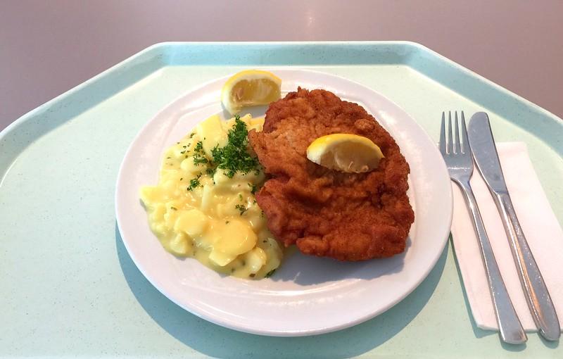 """Schweineschnitzel """"Wiener Art"""" & Kartoffelsalat [14.04.2016]"""