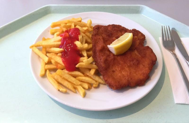 """Schweineschnitzel """"Wiener Art"""" mit Pommes Frites [12.05.2016]"""