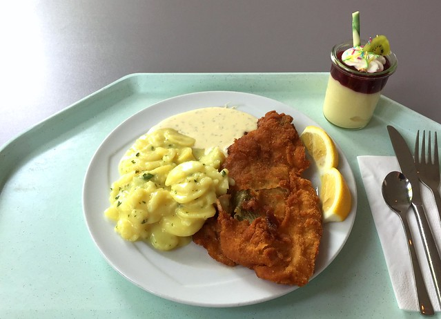Gebackene Scholle mit Remoulade & Kartoffelsalat [27.05.2016]