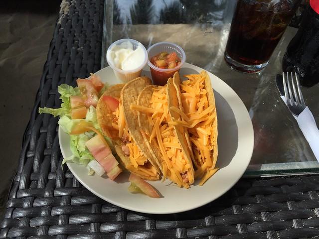 Gefüllte Tacos & Fruchtplatte [02.06.2016]