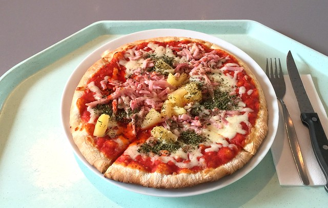 Pizza Hawaii mit Mozzarella, Kochschinken & Ananas [15.07.2016]