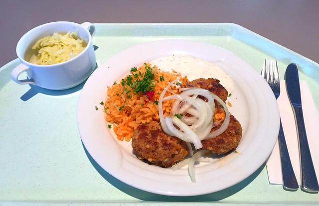 Griechische Bifteki mit Zwiebeln, Djuvecreis & Tzatziki [07.12.2016]