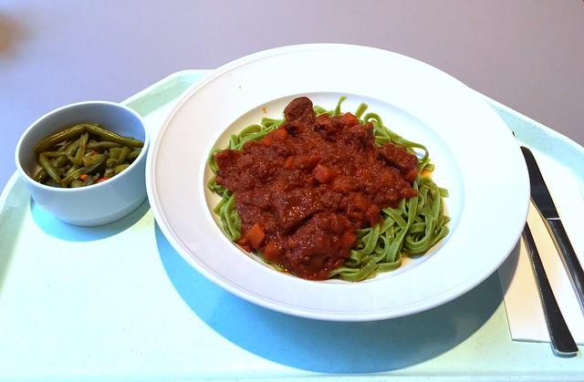 Kokkinisto – Geschmortes Rindfleisch in pikanter Tomatensauce [06.02.2017]