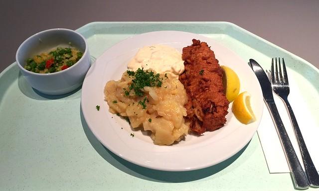 Hamburger Backfisch mit Remouladensauce & hausgemachten Kartoffelsalat [17.02.2017]