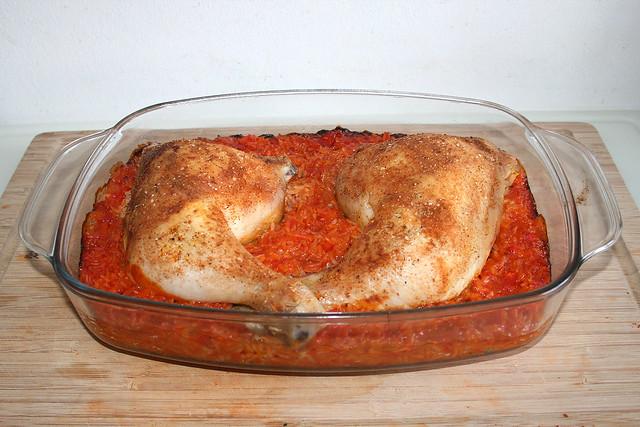 Hähnchenschenkel auf Tomatenreis – das Blitz-Rezept