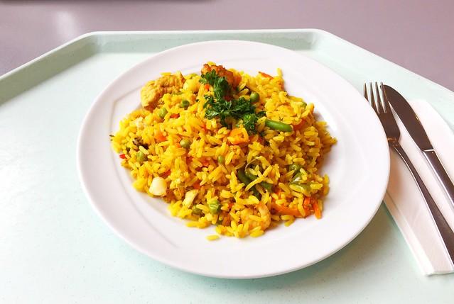 Paella – Spanische Reispfanne mit Meeresfrüchten, Hühnerfleisch & Gemüse [28.06.2017]