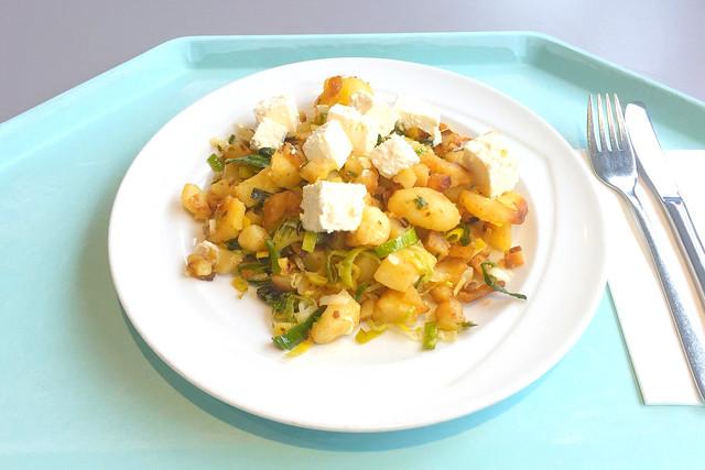 Kartoffelgeröstl mit Lauch & Hirtenkäse [26.03.2018]