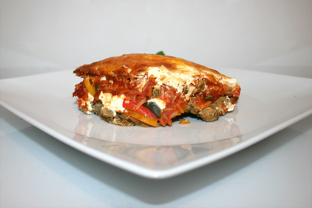 Pikanter Gyros-Tomatenreis-Auflauf mit Feta & Jalapenos – das Rezept