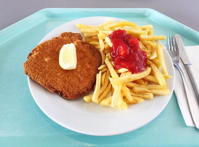 """Schweineschnitzel """"Wiener Art"""" mit Pommes Frites [06.09.2018]"""