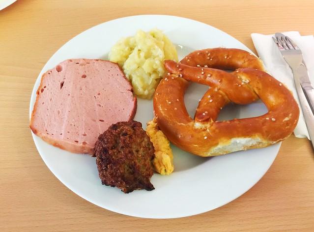 Leberkäse, Fleischpflanzerl, Bretzel & Kartoffelsalat [20.09.2018]