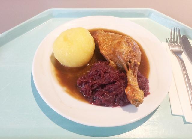 Entenkeule mit Blaukraut und Kartoffelknödel [11.12.2018]