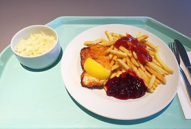 Wiener Backhendl mit Preiselbeeren & Pommes Frites [19.12.2018]