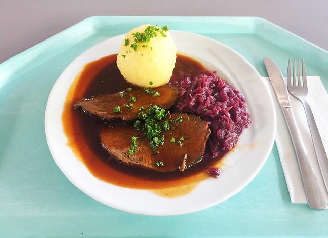 Sauerbraten mit Apfelblaukraut & Kartoffelknödel [20.12.2018]