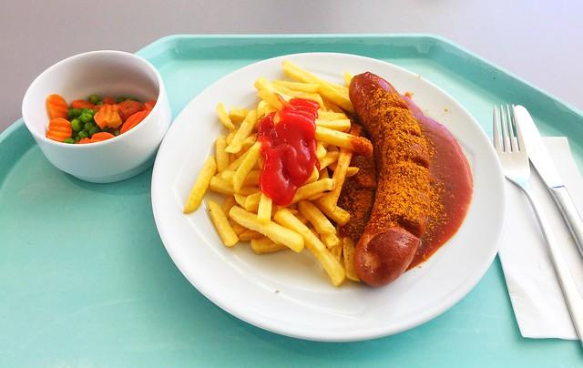 Currywurst mit Pommes Frites [04.06.2019]