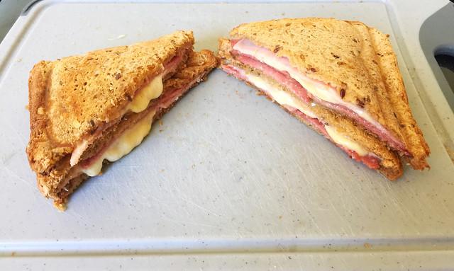 Schinken-Salami-Käse-Sandwich [28.06.2019]
