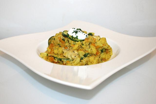 Blumenkohl-Linsen-Pfanne mit Petersilien-Joghurt – das Rezept