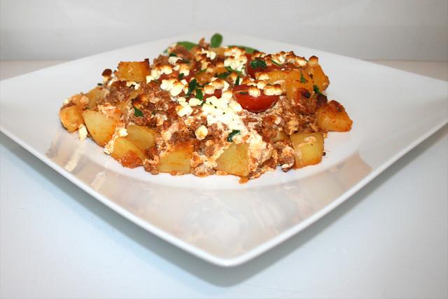 Kartoffelauflauf mit Hackfleisch & Feta – das Rezept