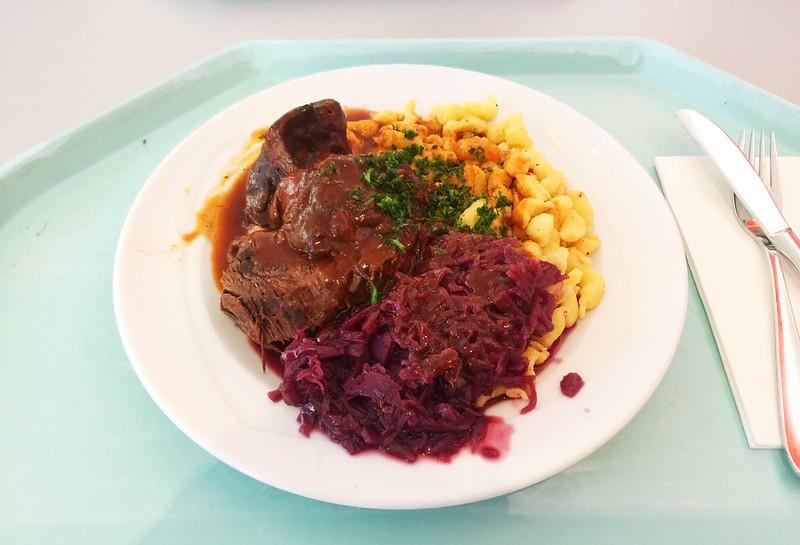 Sauerbraten mit Blaukraut & Spätzle [01.10.2019]