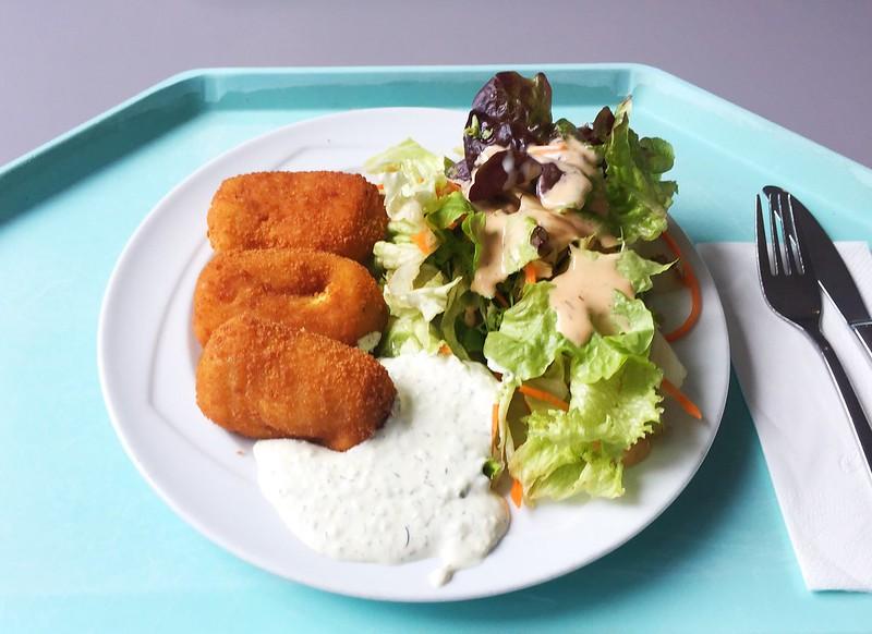 Gebackene Polentataschen mit Salat & Quarkdip [02.10.2019]