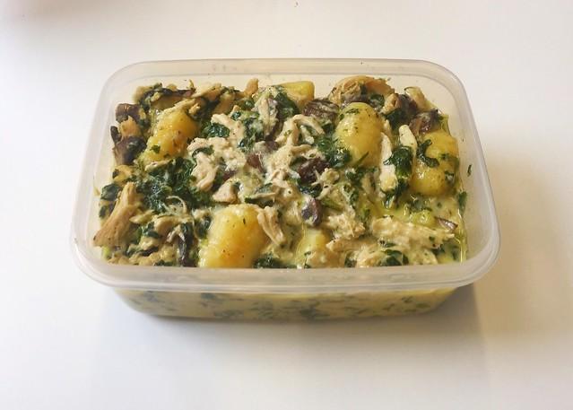 Hähnchen-Gnocchi mit Champignons & Spinat  – Resteverbrauch [10.03.2020]