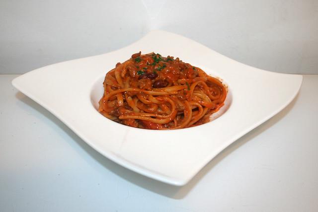 Tagliatelle mit Hackfleisch-Tomaten-Sahnesauce – das Kurzrezept