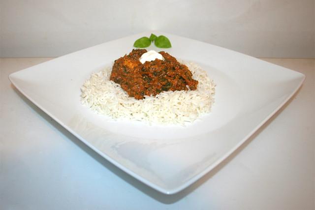Chicken Palak – Spinat-Tomaten-Curry mit mariniertem Hähnchen – das Rezept