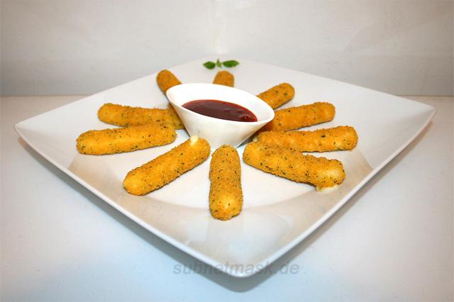 Mozzarella Sticks mit süß-sauerem Dip [31.03.2021]
