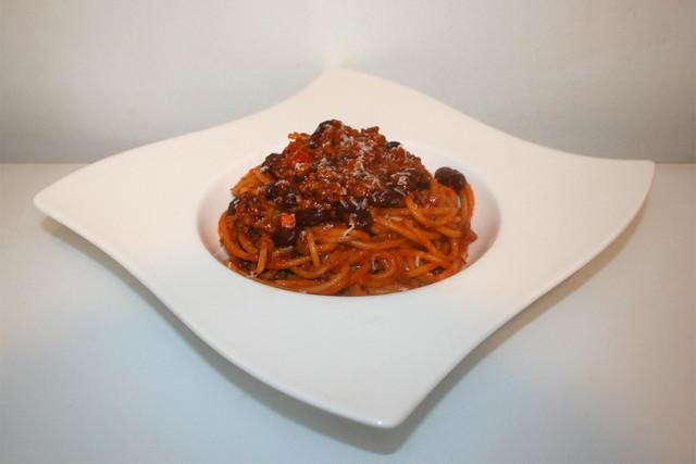 Spaghetti mit Hackfleisch-Bohnen-Tomatensauce – das Kurzrezept