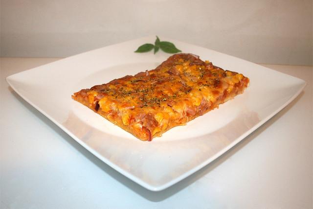 Spam Pizza mit Mais & Zwiebel – das Kurzrezept